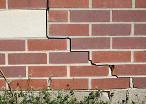 a foundation wall crack on a Carlsbad Springs home.