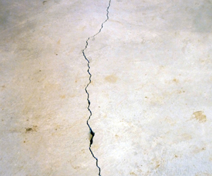 Concrete floor crack